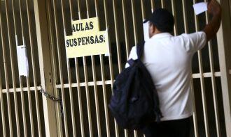 A MP, agora convertida em lei, também autoriza a antecipação da conclusão de cursos específicos da área de saúde (Foto: Marcelo Camargo/Agência Brasil)