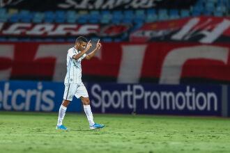 Isaque empatou a partida - Foto Lucas Uebel-GFBPA