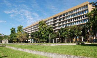 66 das 69 universidades federais brasileiras estão oferecendo aulas a distância para os estudantes (Foto: Divulgação/UFRJ)