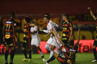 Inter deu show na Ilha do Retiro - Foto: Ricardo Duarete-SCI