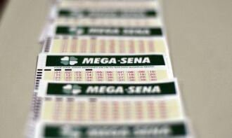 Para marcar seis dezenas, custo é de R$ 4,50 (Foto: Marcello Casal/Agência Brasil)