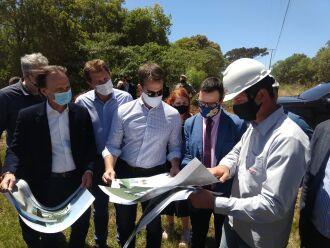 O governador Eduardo Leite veio a Passo Fundo para a assinatura (Foto: Luciano Breitkreitz/ON)