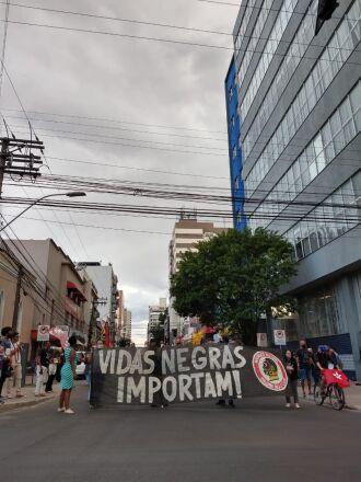 Protesto ocorreu na esquina democrática (Fotos: Luiz Carlos Schneider/ON)