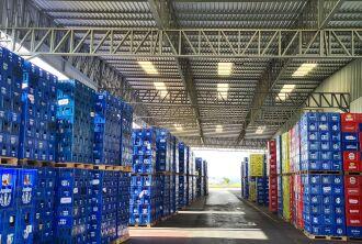 Estoques com mais garrafas e menos latas -- Foto – Disfonte – Especial ON