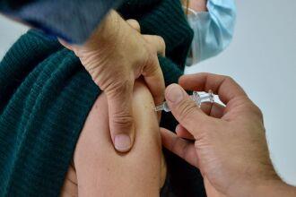 O Ministério da Saúde divulgou que o cronograma de vacinação prevê o início das aplicações em março (Foto: Département des Yvelines/Flickr)