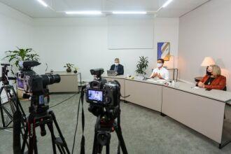 Os dados foram apresentados durante transmissão ao vivo (Foto: Felipe Dalla Valle/Palácio Piratini)