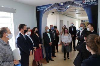 Autoridades visitaram as instalações do Centro Oncológico Infantojuvenil, bem como, o local que será reformado para a nova ala de internação oncopediátrica (Foto: Assessoria de Imprensa HSVP/Caroline Silvestro)