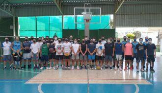 Adulto livre contou com a participação de 12 equipes -- Foto – Divulgação