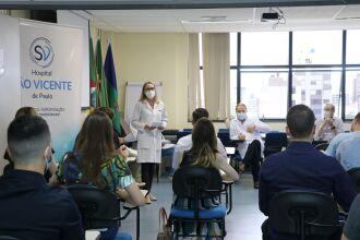 Recepção aos médicos residentes seguiu os protocolos de distanciamento (Foto Assessoria de Comunicação HSVP/Caroline Silvestro)