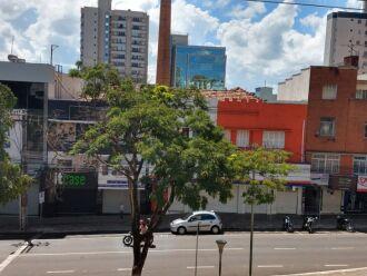 Comércio está de portas fechadas devido à bandeira preta (Foto: Arquivo/ON)