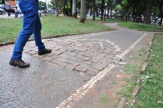 Os mosaicos e pedras portuguesas datam dos anos 1940 (Foto: Redação ON)