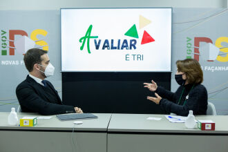 O lançamento foi realizado por meio de videoconferência (Foto: Gustavo Mansur/Palácio Piratini)
