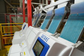 O equipamento está localizado dentro do fluxo final do processo de beneficiamento de sementes (Foto: Assessoria de Imprensa da Cotrijal)