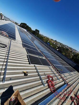 Placas de Energia Fotovoltaicas (Foto: Divulgação/HSVP)