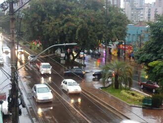 Chuva começou no final da tarde Foto- LC Schneider-ON