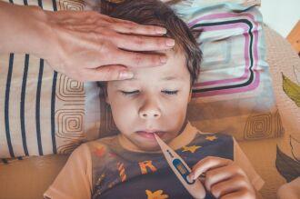 A gripe tem sintomas mais fortes (Foto – Victoria Borodinova-CCO)