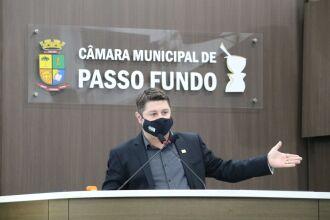 O vereador Rafael Colussi (DEM) fez um balanço e avaliação dos primeiros meses da ova composição da Câmara (Foto: Divulgação/ Comunicação CMPF)