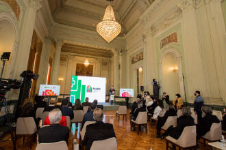 Representantes de hospitais e autoridades participaram do lançamento (Fotos: Felipe Dalla Valle / Palácio Piratini)