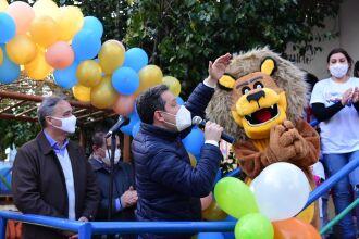 A apresentação do mascote foi realizada na ONG Amor (Foto: Diogo Zanatta/Divulgação PMPF)