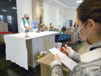 A Paróquia São Judas Tadeu da Vila Luíza é uma das que seguem transmitindo missas (Foto: Bruna Scheifler/ON)