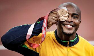 O atleta carioca garantiu a sua medalha ao lançar o disco a uma distância de 51,86 metros (Foto: Wander Roberto/CPB)