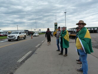Mobilização é uma continuação dos atos do feriado de 07 de setembro (Foto: Luciano Breitkreitz/ON)