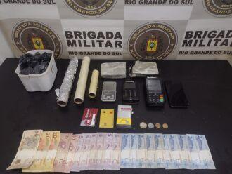 Materiais foram apreendidos pela Brigada Militar (Foto: Divulgação/Brigada Militar)