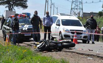 O acidente que vitimou Fernando ocorreu nas proximidades do trevo da Roselândia (Foto: Luciano Breitkreitz/ON)