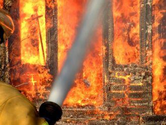 O maior valor pago pelo seguro residencial é o da cobertura contra incêndio.