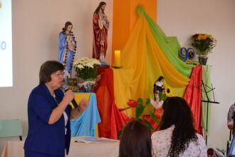 Grupos refletem semanalmente sobre vida e obra de Santa Júlia