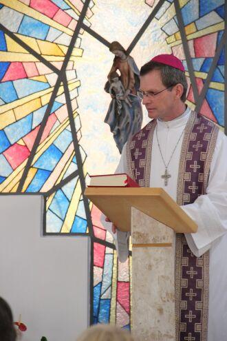 Presença de jovens na igreja, segundo Dom Rodolfo, ocorre de várias formas