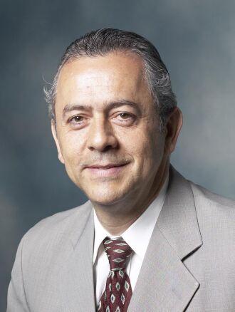 Douglas Pedroso é médico urologista, professor de Urologia, Bioética e Responsabilidade Profissional na Faculdade de Medicina da UPF