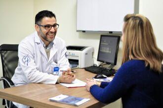 Ortopedista Osmar Valadão Lopes Jr é especialista em joelho da Clínica IOT