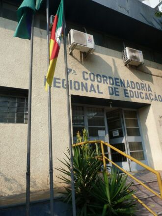 Servidores aguardam nomeação de novo coordenador da 7ª CRE. Até então, resoluções estão sendo todas encaminhadas a Porto Alegre