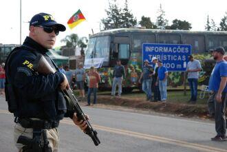 Polícia Rodoviária Federal acompanhou retorno dos caminhoneiros à estrada