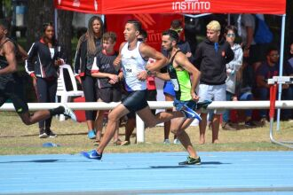 Guilherme lidera o ranking brasileiro dos 800 metros