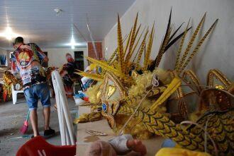 Já é tradição na família de Eduviges desfilar no carnaval