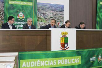 Evento realizado nesta sexta-feira (24) contou com a participação do presidente da AL, Luis Augusto Lara, deputados, vereadores e a comunidade passo-fundense