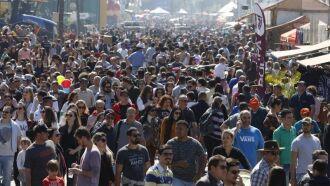 Dia de sol colaborou para lotar o Parque de Exposições Assis Brasil