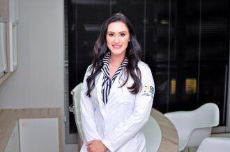 Dra. Eline Dias Pereira é médica endocrinologista