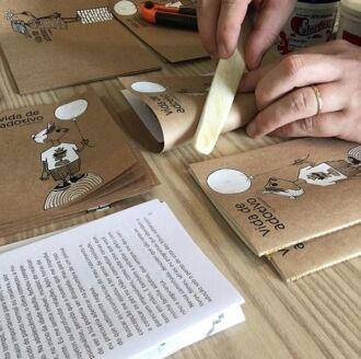 Exemplares são confeccionados de maneira artesanal