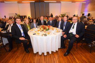 Lançamento em Brasília tem forte prestígio de embaixadas e do governo