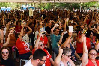 Suspensão foi decidida em Assembleia Geral do Cpers, em Porto Alegre, nessa terça-feira