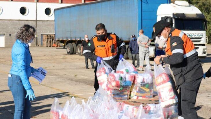 ZA 15ª CRE, de Erechim, recebeu 2.340 cestas que serão entregues a 54 instituições de ensino de 30 municípios. Foto: Divulgação