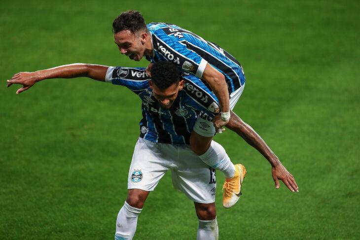 Pepê e Rodrigues marcaram para o Grêmio - Foto - Lucas Uebel-GFBPA
