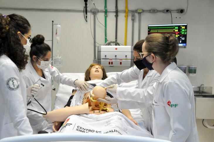 Centro de Simulação Realística promoveu uma revolução no ensino médico Faculdade de Medicina da UPF já formou mais de dois mil médicos (Foto: Jéssica França/UPF)
