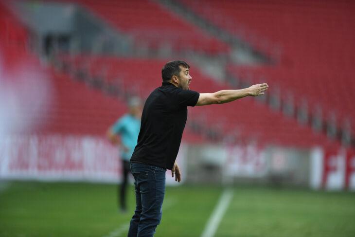 Argentino Coudet lidera o Brasileirão - Foto-Ricardo Duarte-SCI