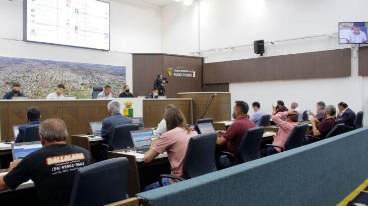 Sessão plenária aconteceu na segunda-feira (Foto: Comunicação/CMPF)