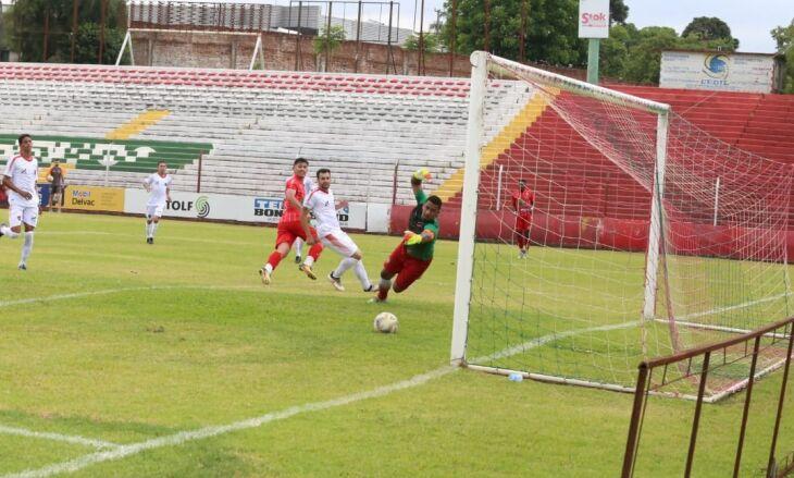 Itamar marcou os três gols do Passo Fundo - Foto - Vinicius Kümpel – Divulgação-ECPF
