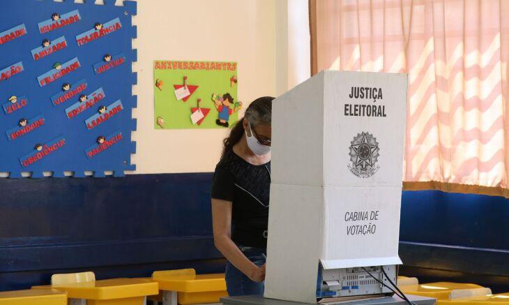 A votação no primeiro turno das eleições municipais deste ano teve início às 7h (Rovena Rosa/Agência Brasil)